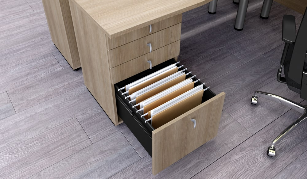 Avalie a qualidade do mobiliário corporativo