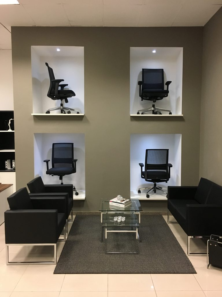 cadeiras para loja de móveis de escritório